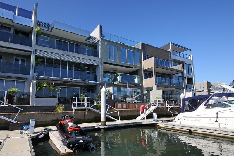47 pier one drive patterson lakes